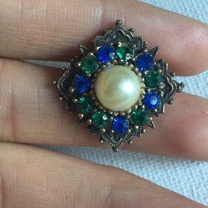 Small Rhinestones Pin/Brooch